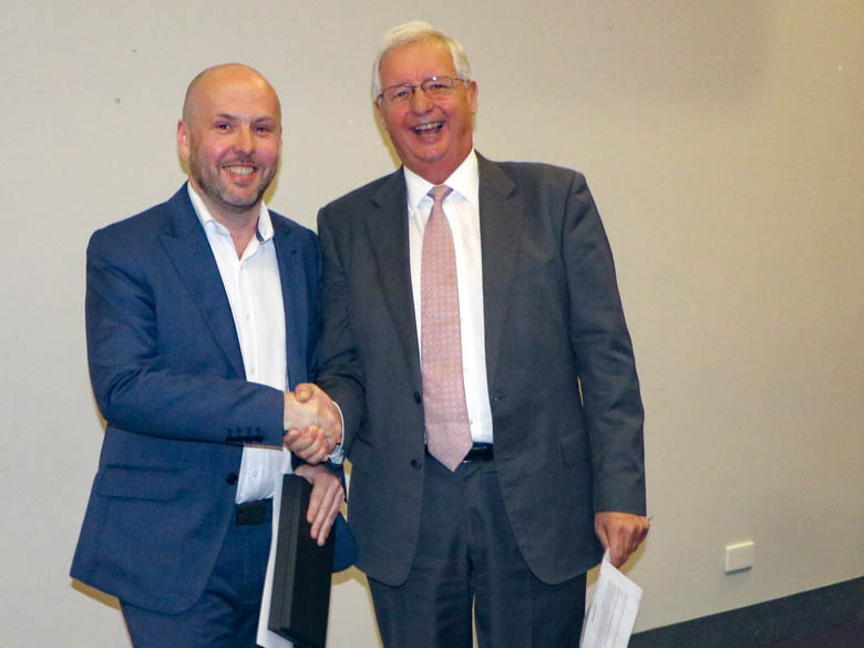 Gareth Marr Clinical Operations Manager, Eastern Suburbs Mental Health, awarded 'Innovative Leader' by Michael Still