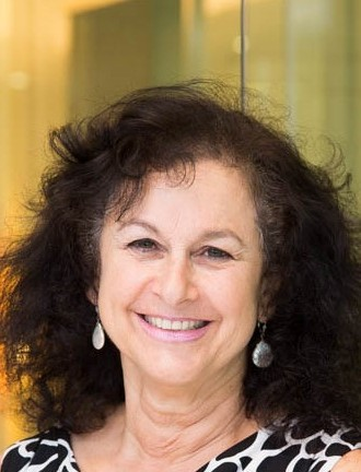 Portrait photo of Dr Susan Hertzberg