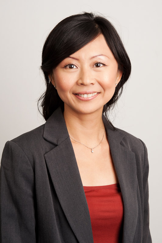 Portrait photo of Dr IkLin Tan